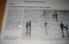 dépollution de plage par des prospecteurs